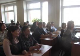 Студенты ТЭЮИ поздравили своих преподавателей с Днем учителя!
